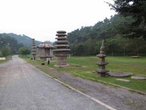 The Unjusa stone shrine with its pagodas