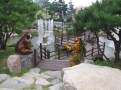 Tiger and bear in a more natural setting, in the part of the Korean Medicine Theme Park devoted to the foot.