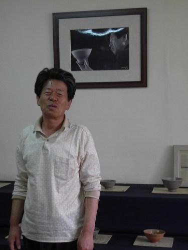 Min Young-ki in his studio