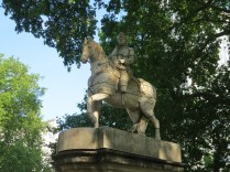 Shin Meekyoung: Plinth Project (2012). Cavendish Square, 24 July 2014