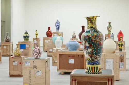 Translation - Vase Series