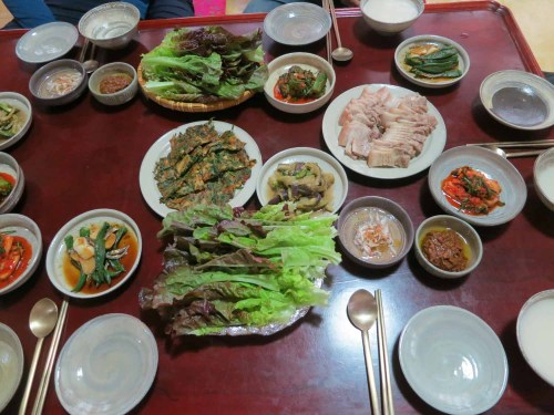 A fabulous lunch at Min Young-ki's house