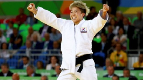 Jeong Bo-kyeong