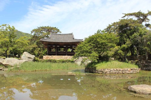 The Seyeonjeong pavilion and Seyeonji Pond