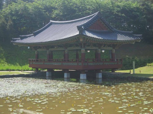 The lotus pond to the south of the temple