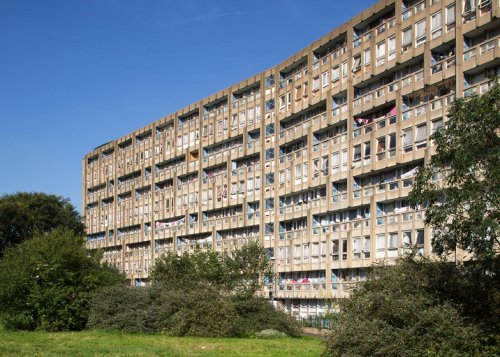 Robin Hood Gardens: photo credit Luke Hayes