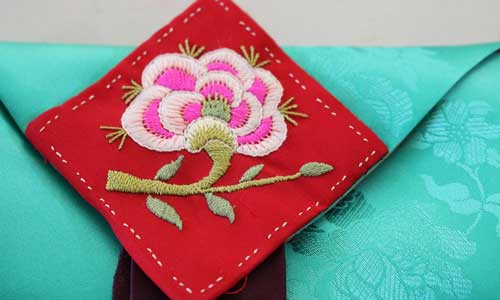 Hanbok-inspired fashion by Kingston University student