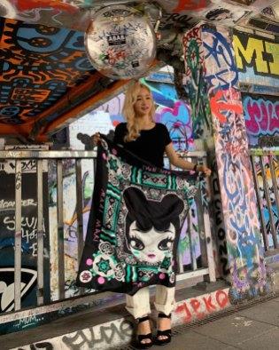 Mari Kim models her MARI MARI scarf (photo: Changwoo Ryu)