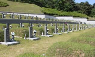 gwangju-graves-3