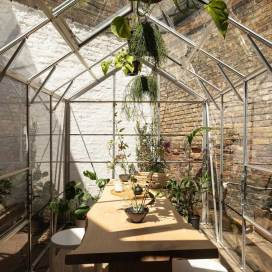 be-oom tea shop and garden