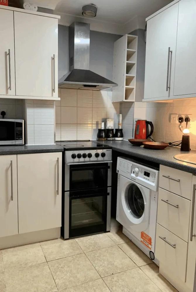 Budget London Airbnbs - Soho Apartment