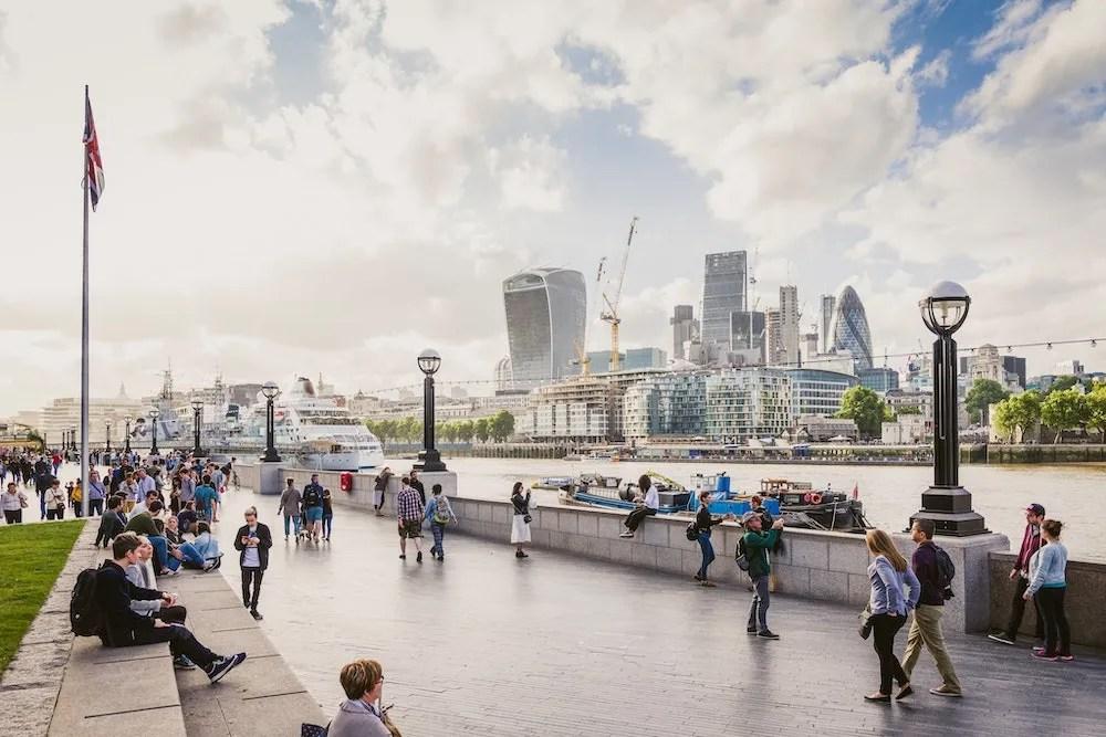 6 Days in London - Embankment