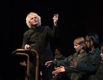 https://i0.wp.com/londonsymphony.wpengine.com/wp-content/uploads/2017/01/T12-Sir-Simon-Rattle-with-LSO-LSO-Discovery-Hugh-Glendigging-360x280.jpg?resize=360%2C280&ssl=1