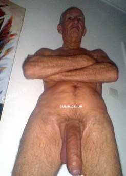 mature-huge-massive-hung-old-man