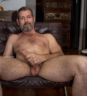 complete-and-repeated-genital-gratification-daddy-bear-wanking-hairy-U-134