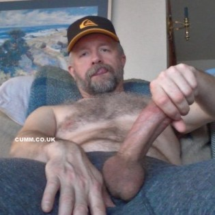 new-jerk-off-technique-sexy-dad-wanker