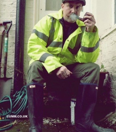 pipe-smoking-workman-heaven