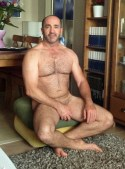 HUNG-MEXICAN-STRAIGHT-MEN-BIG-COCK-bearchest