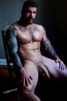 New-Age-Taoists-hung-rugby-dad
