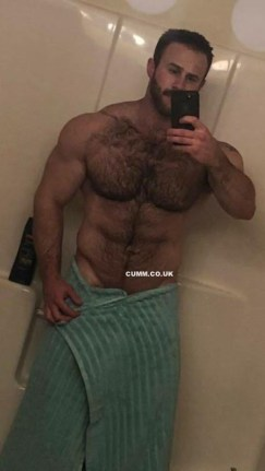 hairy-chest-drop-the-towel