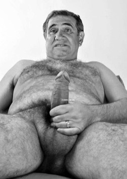 over-50-married-dad-hung