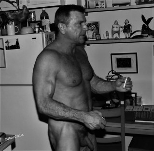 over-50-men-full-frontal-52