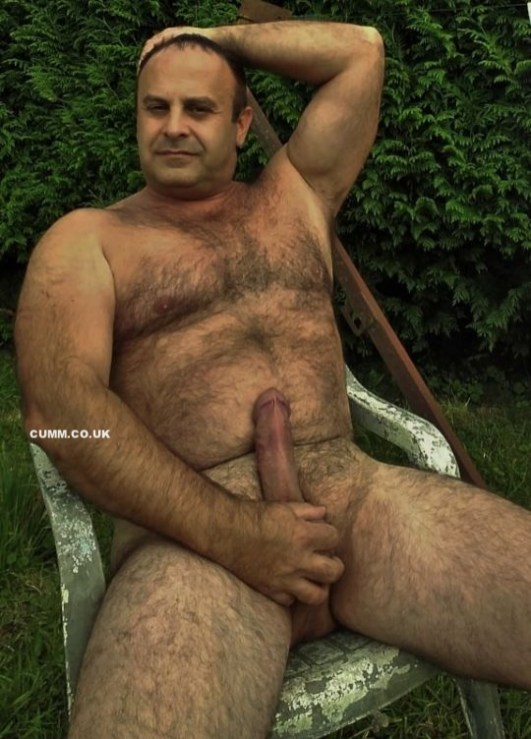 cock-over-50-gardiners-with-erections