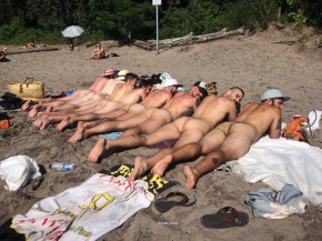 male intimacy hast6ings nudist beach