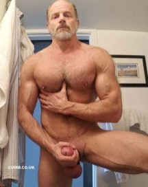 HaPenis-daddy-bear-big-thick-cock