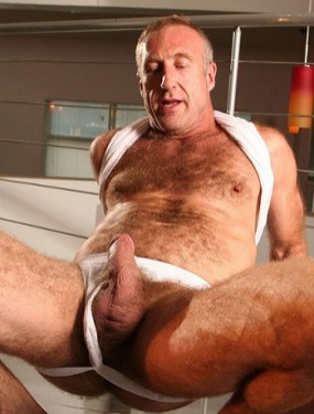 Love all the hair on his chest. And ,of course, that beautiful dick