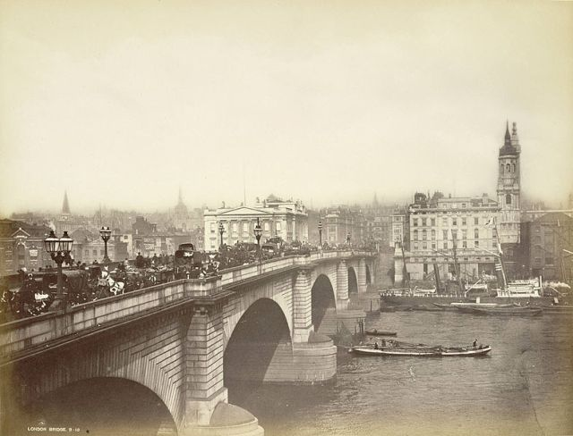 London Bridge in the late 1800s. Opened in 1831 - Bradshaw's bridge