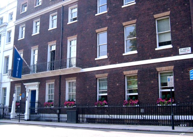 Nos.9, 10, 11 St James's Square, The Royal Institute of International Affairs