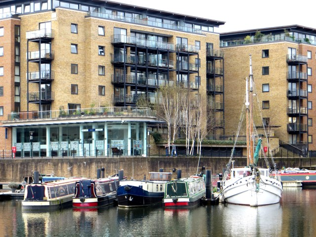 Old barges & new yachts in the Limehouse Basin