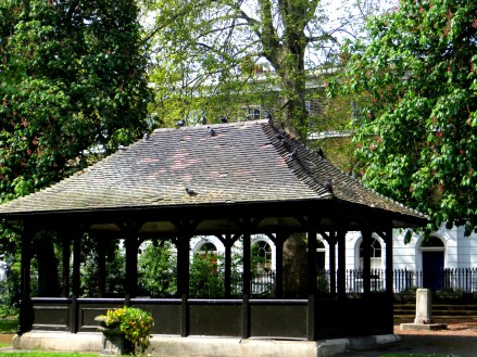 Late 18C Pavilion in Wilmington Square