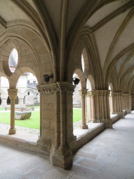 The cloister, Cathedral of Notre Dame, Tulle