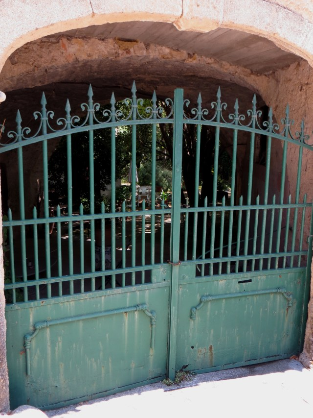 Gateway in Brouzet les Quissac