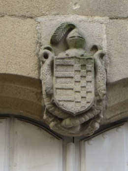 Crest on a mansion
