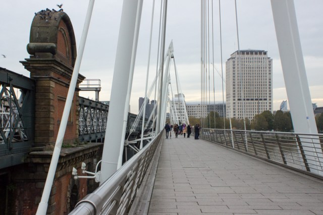 Brunel's Middlesex brick pier, Hawkshaw's iron railway bridge, & the Jubilee footbridge