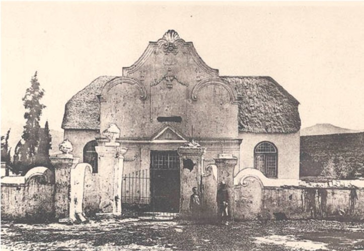 Old Church in Tulbagh before restoration (http://www.westgallerychurches.com/southafrica/tulbach/tulbach.html)