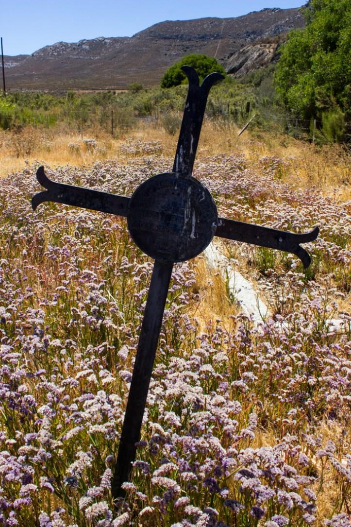 17-1-13-matjiesfontein-graveyard-lr-4168