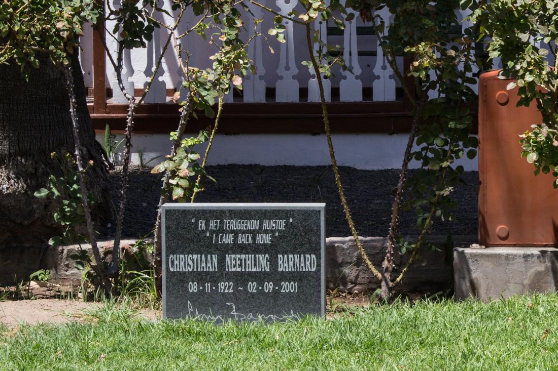 Christiaan Barnard's grave at his family home