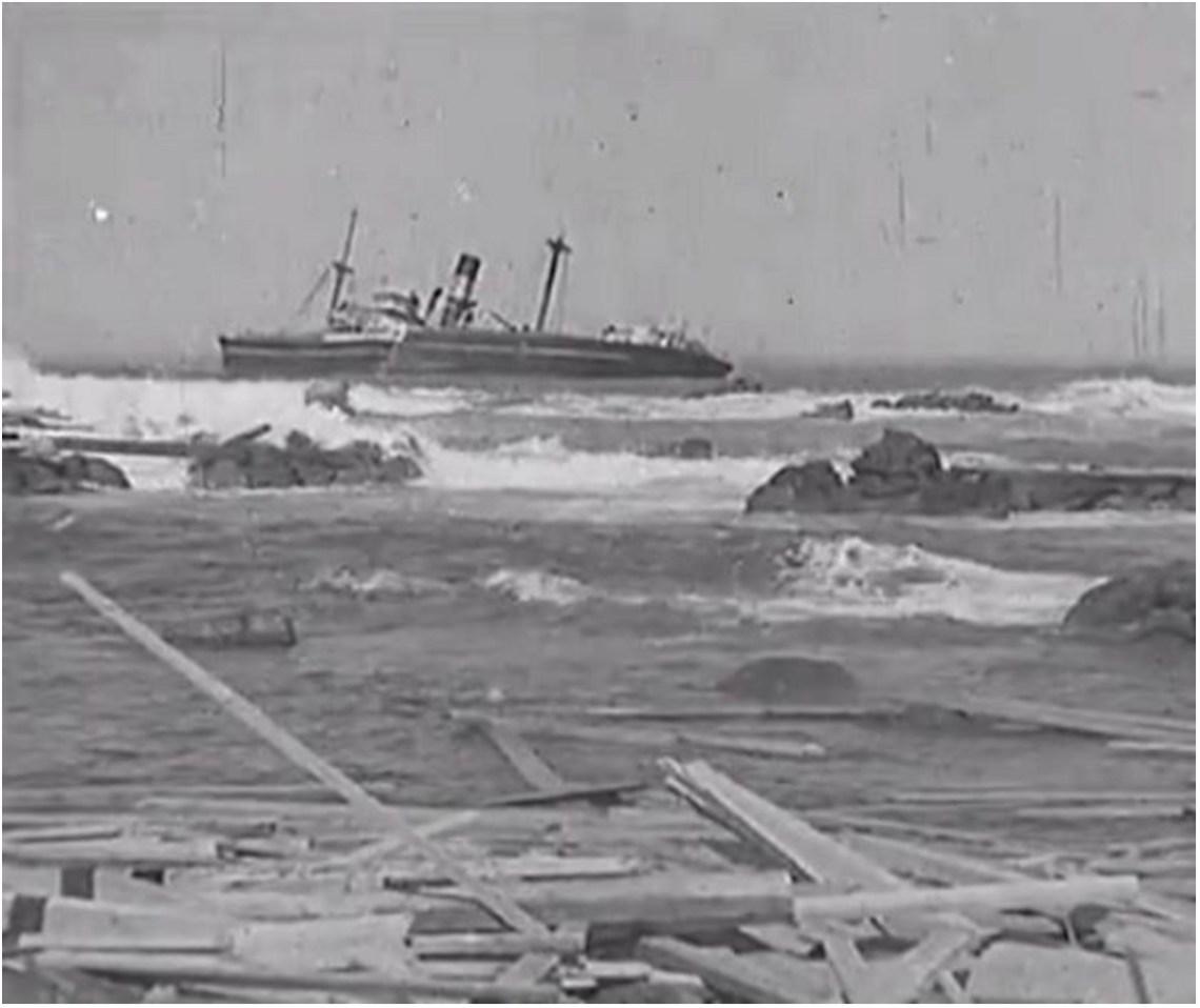 SS Queensmoor off Cape Receife, 1934