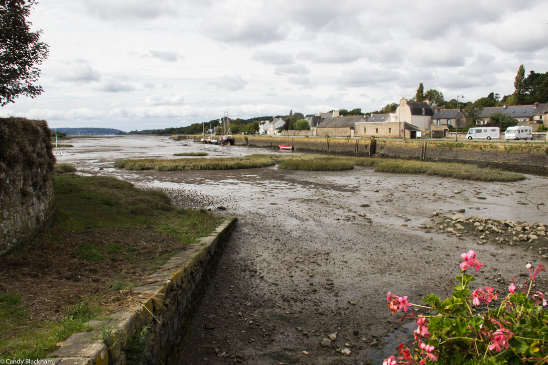 The port in Le Faou