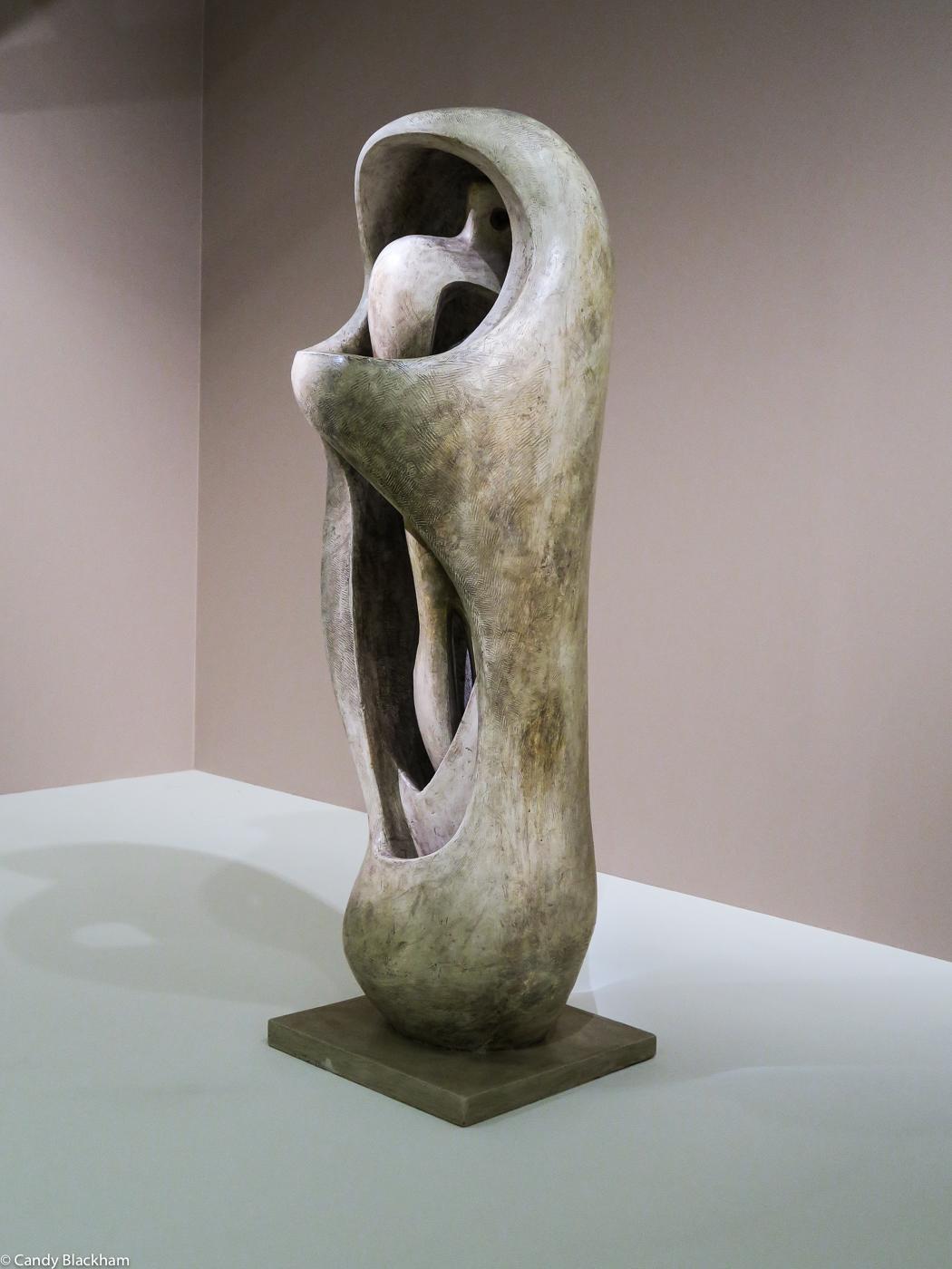 Henry Moore: Internal/external form (1952-53)