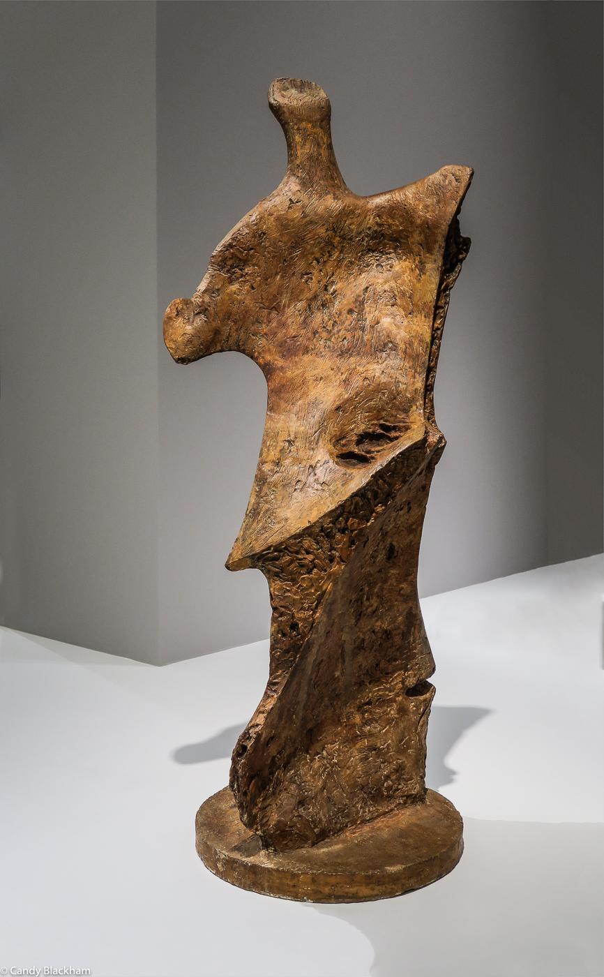 Henry Moore: Knife Edge (1961)