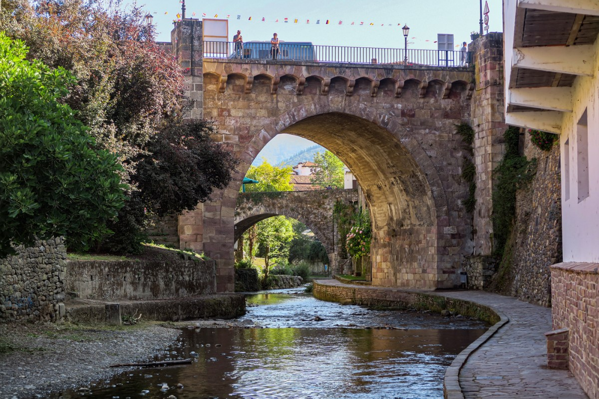 Bridges, river