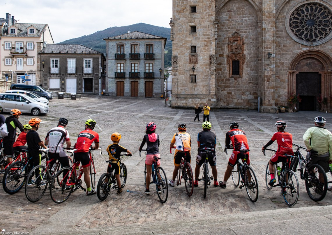 The bicyclists in Mondonedo