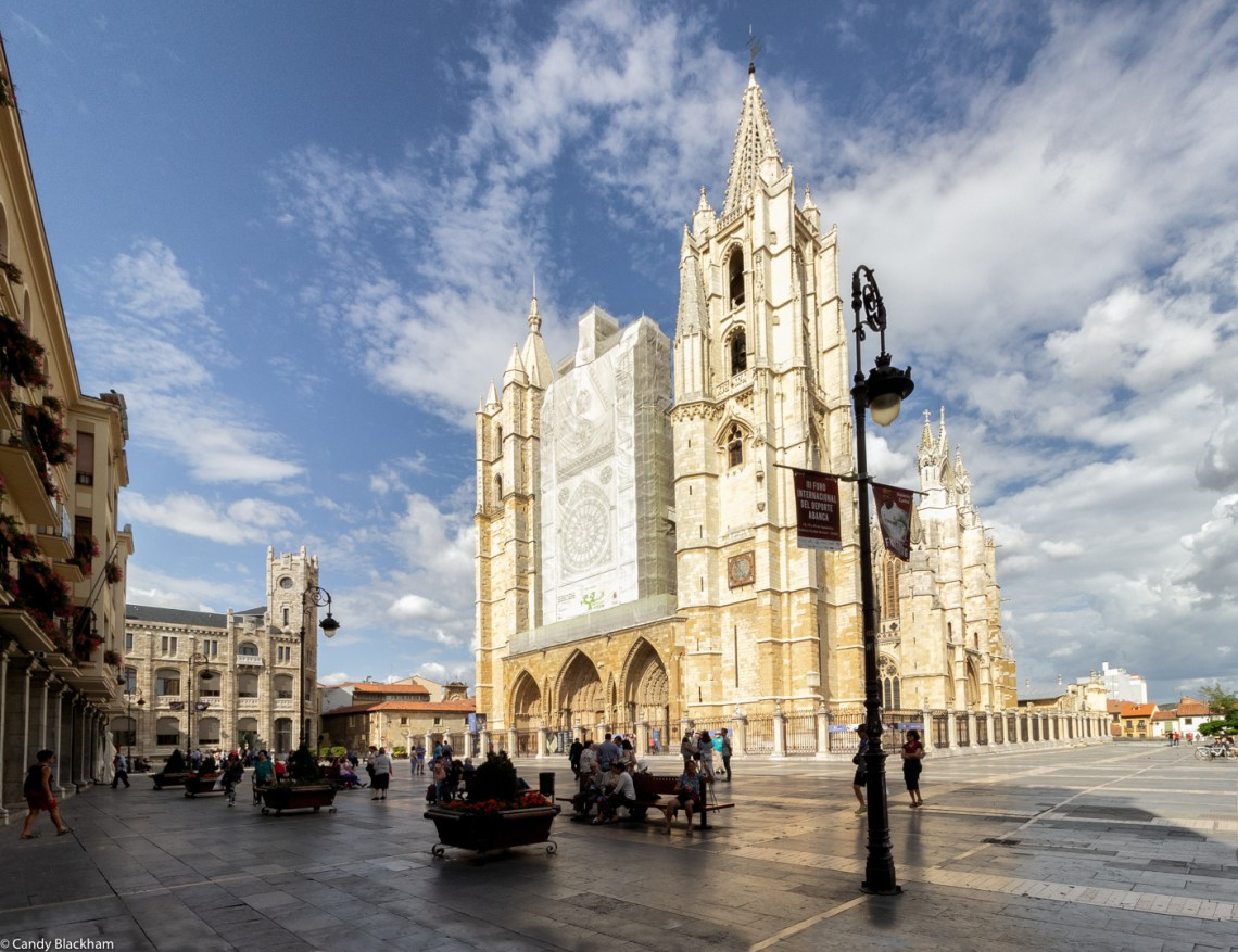 The main facade of the Cathedral of Leon