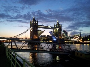 tower_bridge_nachts[1]
