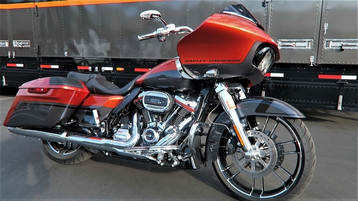 Harley CVO Road Glide Ultra – 439kg
